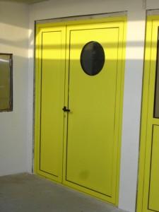 porte tolé acier avec oculus mfd goudard poste MNS